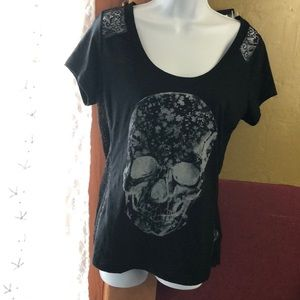 NWT Express scull top